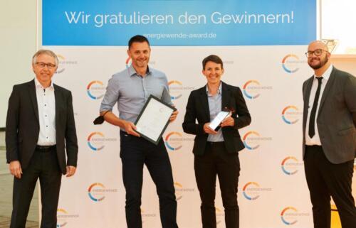 Peter-Teuschel-Bereichsleitung-Innovation-und-Nachhaltigkeit-Magdalena-Winkler-Bereichsleitung-Marketing-Stadtwerke-Wörgl-GmbH